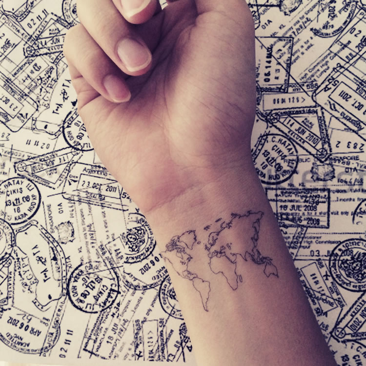 Tiny Tattoo 15 Idee Per Piccoli Tatuaggi Femminili Dressing And