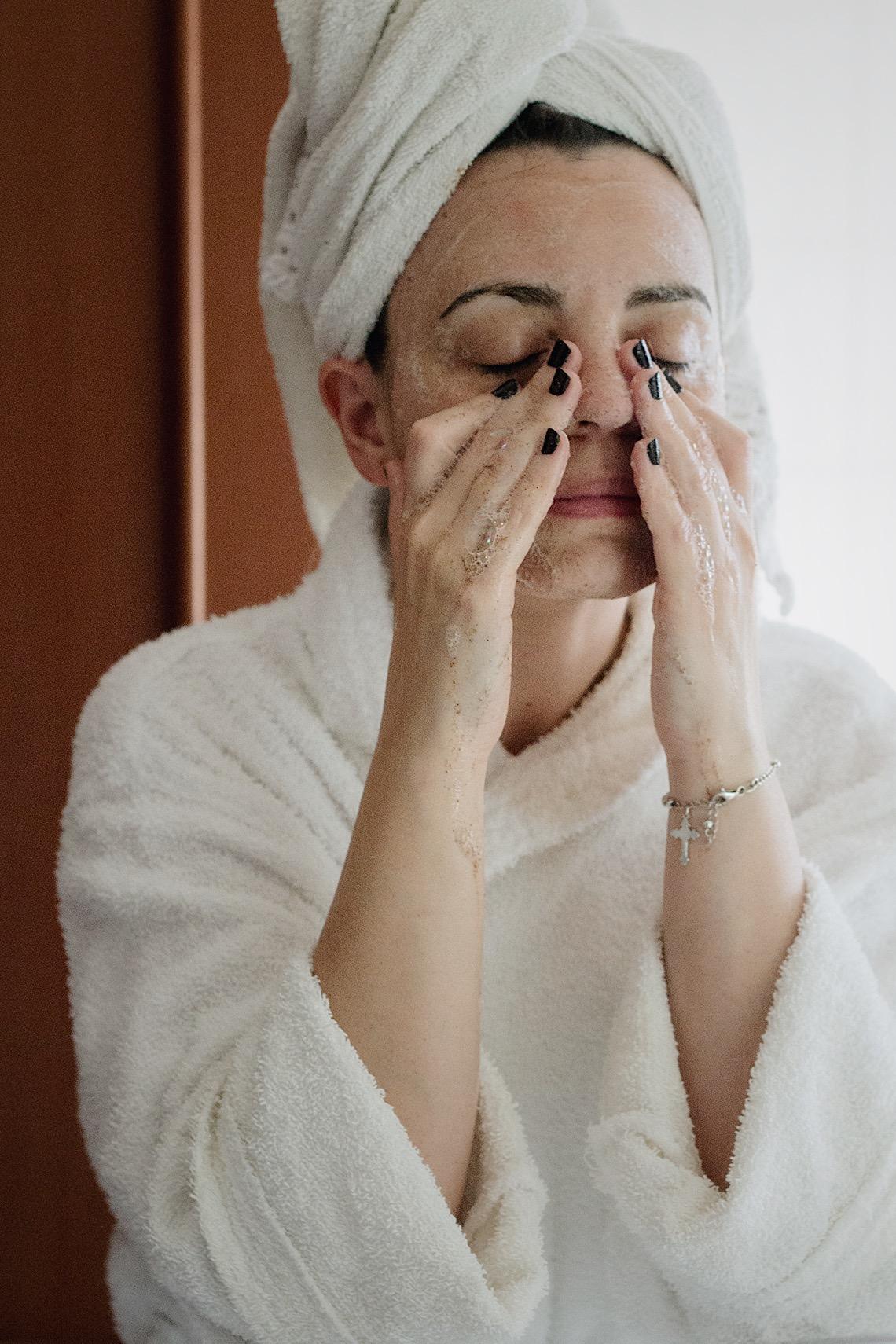 miglior scrub esfoliante viso