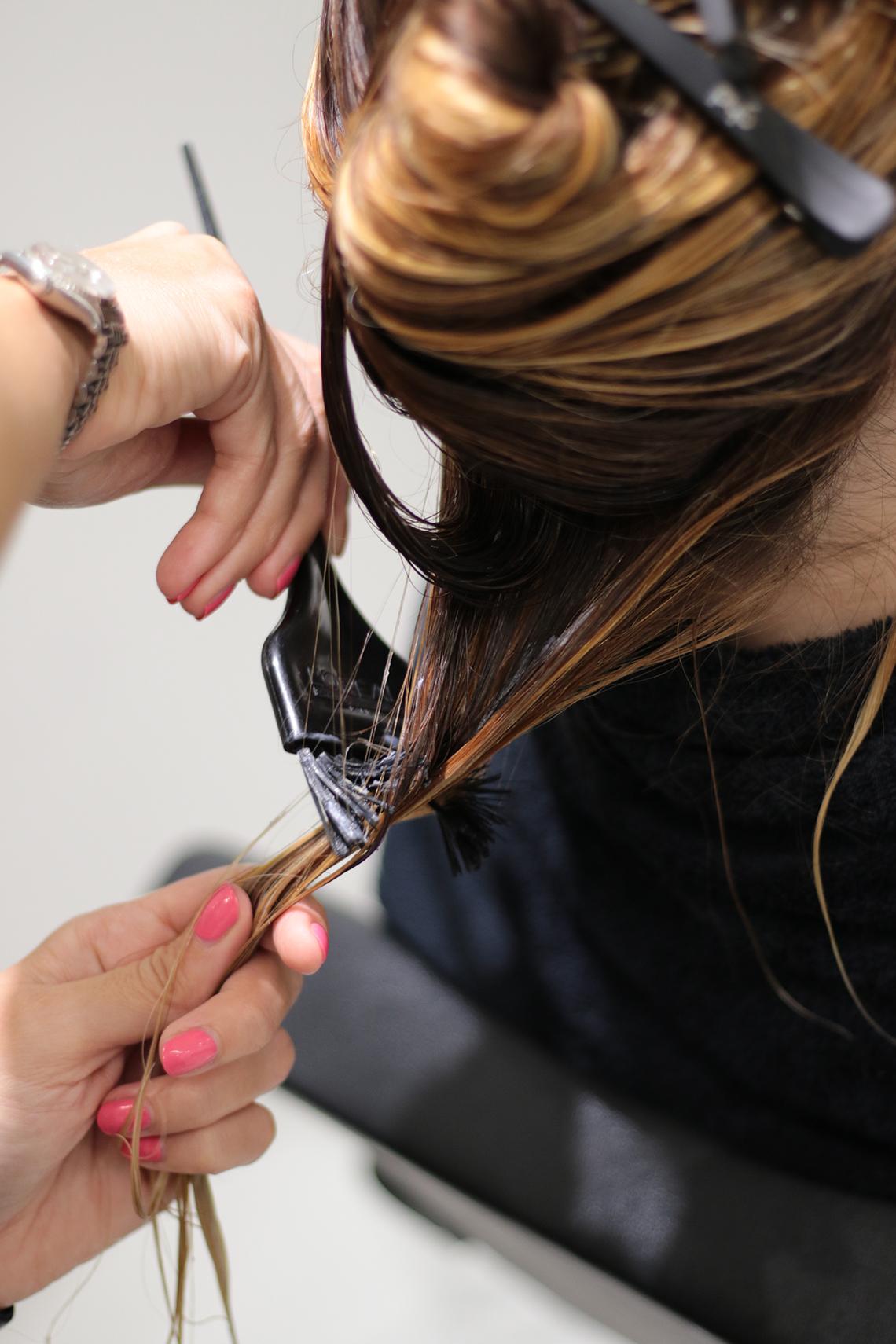 trattamento capelli colorati kerastase