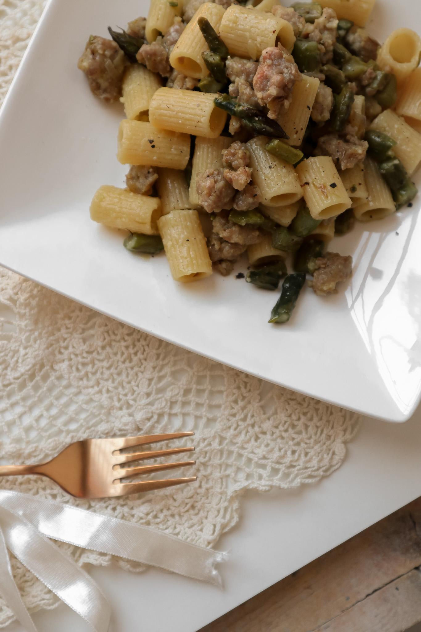 pasta asparagi e salsiccia