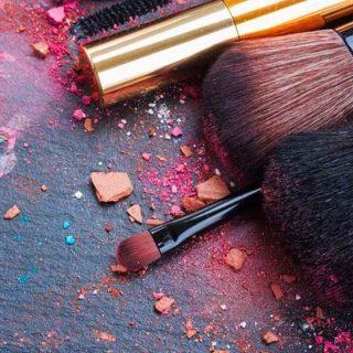 come e perché pulire i pennelli per il trucco