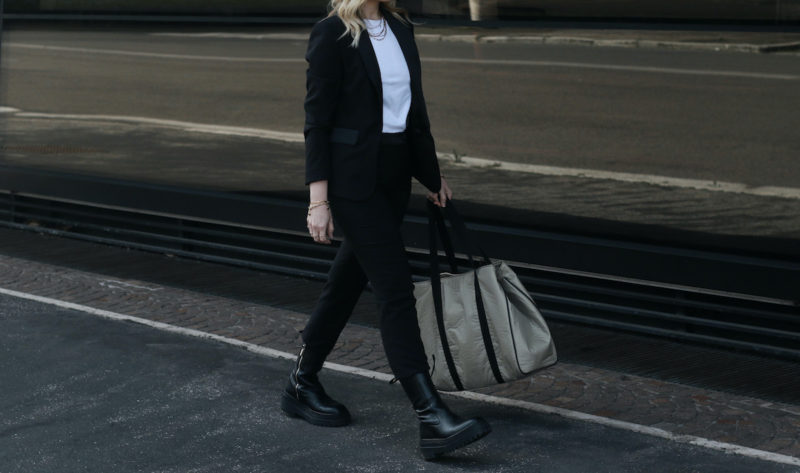 tailleur nero giacca pantalone