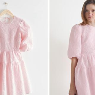 vestito rosa maniche a sbuffo estate